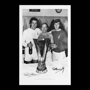 Martin Chivers & Pat Jennings signed Tottenham photo - 1972 UEFA Cup