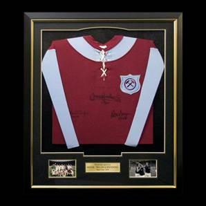 West Ham 1923 shirt signed by Boyce, Taylor & Brooking - Premium, Framed