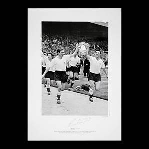 Bobby Smith signed print - 1961 FA Cup
