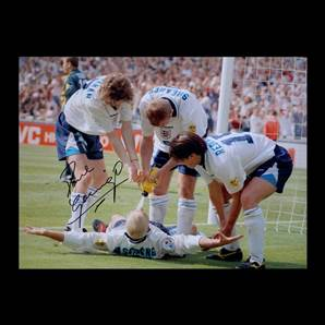Paul Gascoigne Personally Signed England Photo - Dentist Chair Celebration