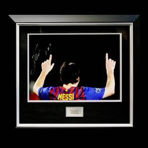 Leo Messi Signed and Framed Picture - 5 Goal Record