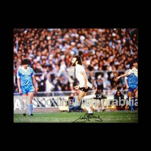 Ricky Villa signed Tottenham Hotspur print - A Goal In A Million