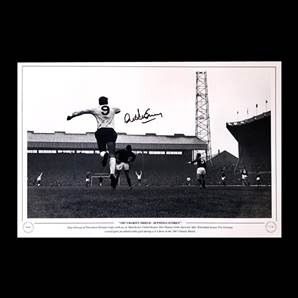 Alan Gilzean Personally Signed Tottenham Hotspur Photo