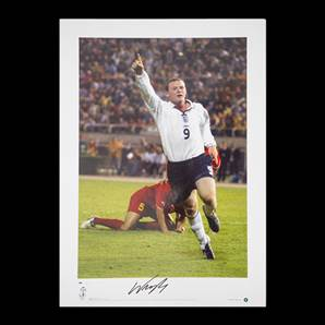 Wayne Rooney Signed & Framed England Photo Number 10 - All Time Record England Goal Scorer