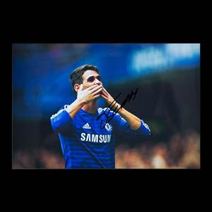 Oscar Dos Santos Signed Chelsea Photo Blowing Kisses - Small