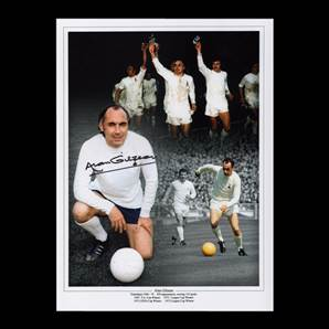 Alan Gilzean Autographed Tottenham Photo