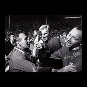 Nobby Stiles Personally Signed picture - England 1966 World Cup