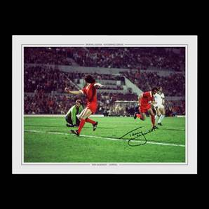 Terry McDermott Personally Signed Photo - 1977 European Cup