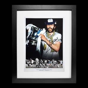 Ricky Villa Personally Signed Tottenham Hotspur Photo - 1981 FA Cup, Framed