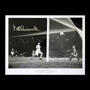 Mike Summerbee signed Manchester City print - 1969 League Cup semi-final