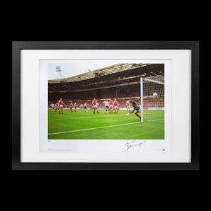 Paul Gascoigne Signed Spurs Print - FA Cup 1991 Semi-Final Free-Kick, Framed