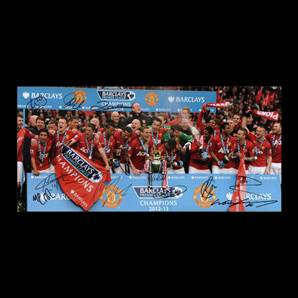 Manchester United Squad Signed Photo - League Winners 2013 with Rooney