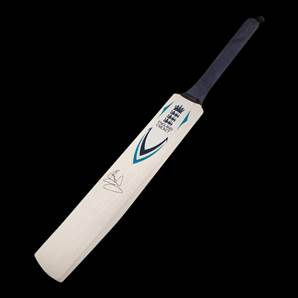 Sir Ian Botham Personally Signed Cricket Bat - England