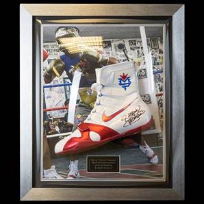 Manny Pacquiao Signed Boxing Boot - Bubble Framed