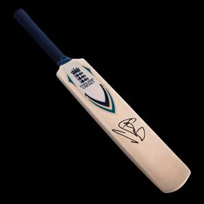 Sir Ian Botham Personally Signed Mini Cricket Bat - England